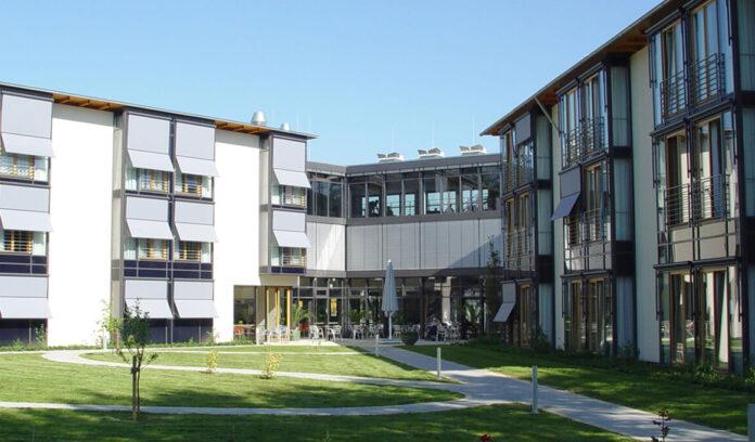 geis-brantner-johannes-klorer-architekt-freiburg-projekt-caritas-altenzentrum-sancta-maria-0